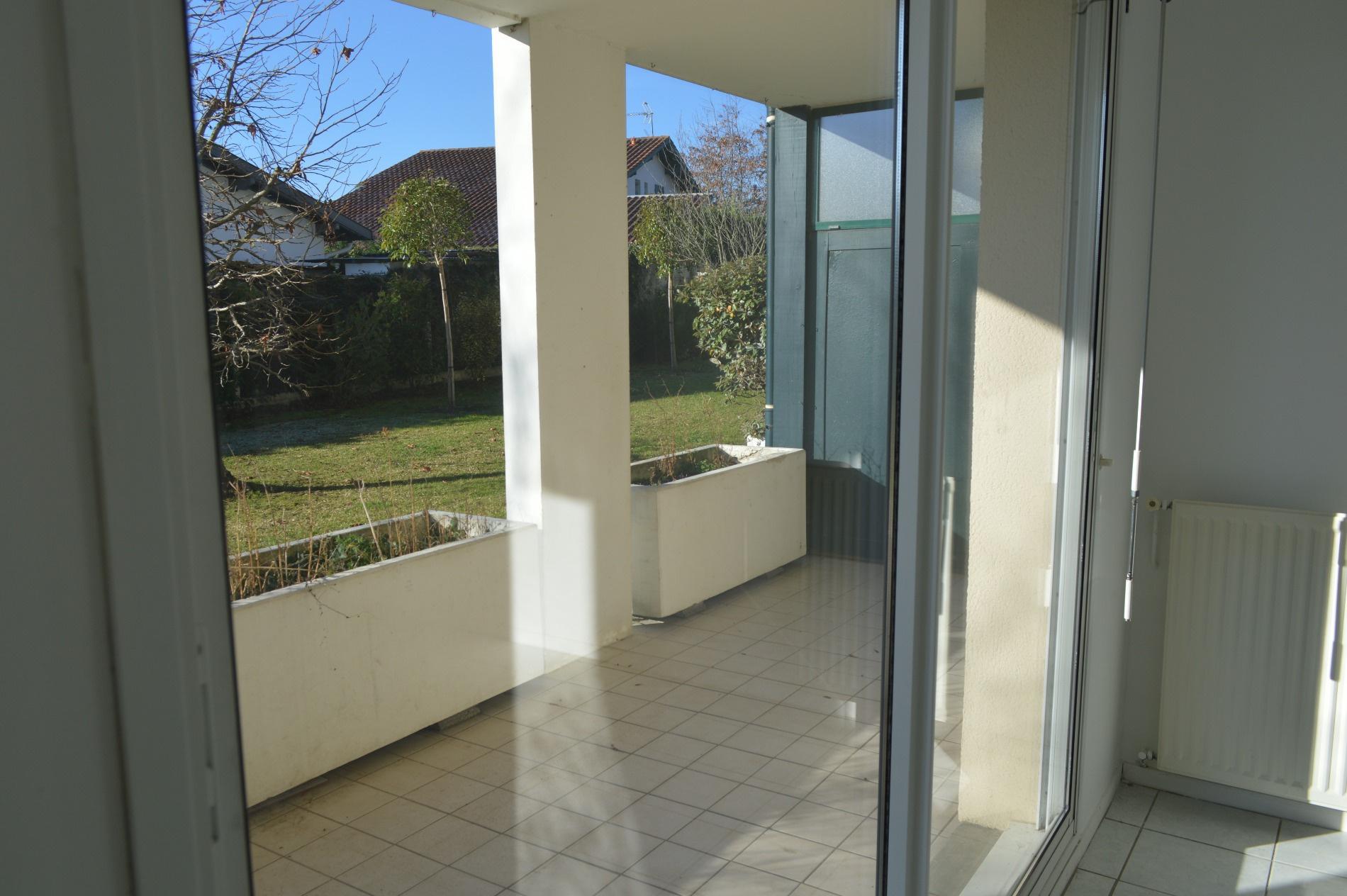 Vente appartement t3 en rez de jardin avec terrasse for Jardin terrasse appartement